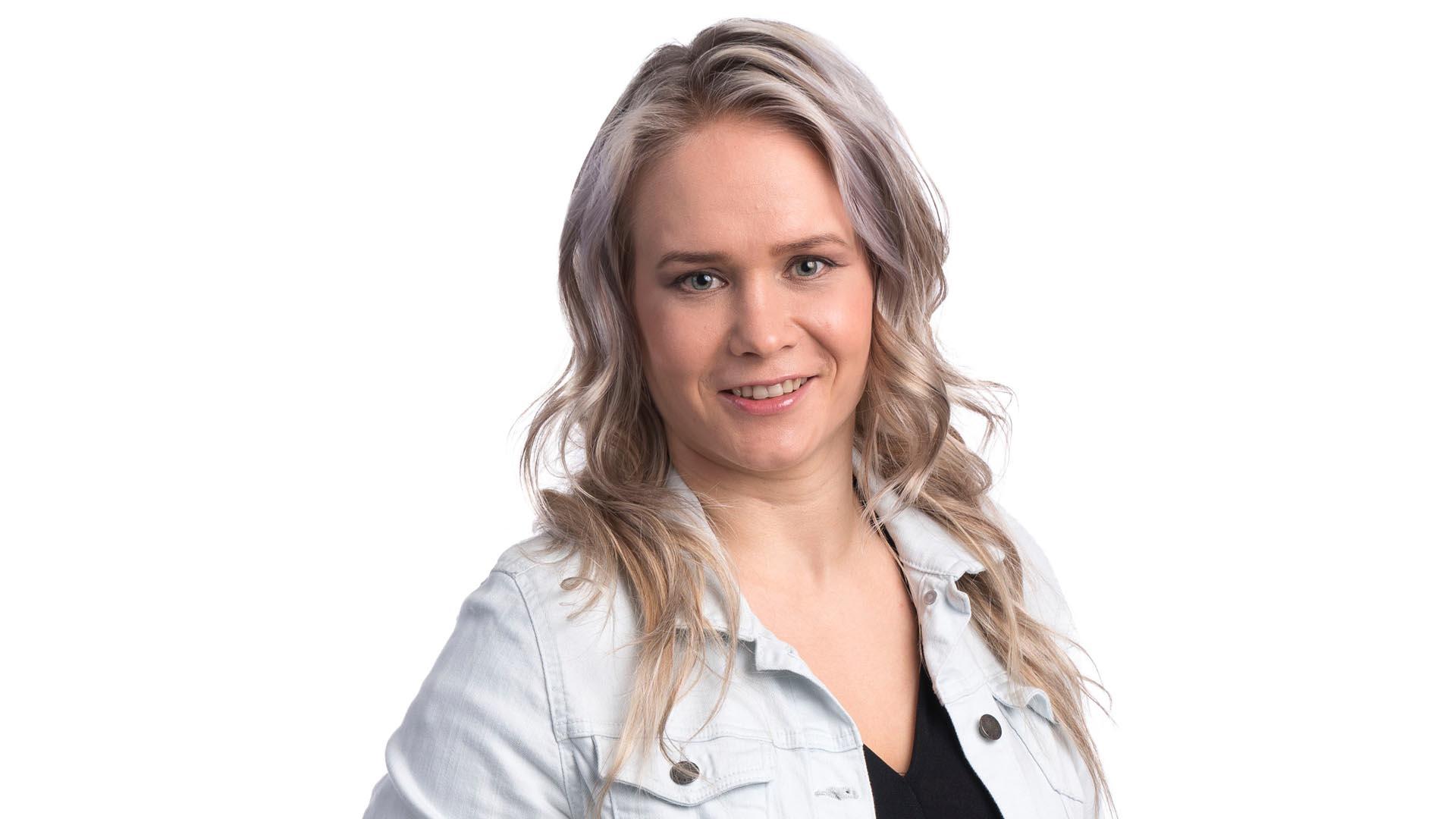 Petra Olli on Julkkis-Big Brother 2021 -voittaja. Kuva. © Jukka Alasaari / Nelonen Media.