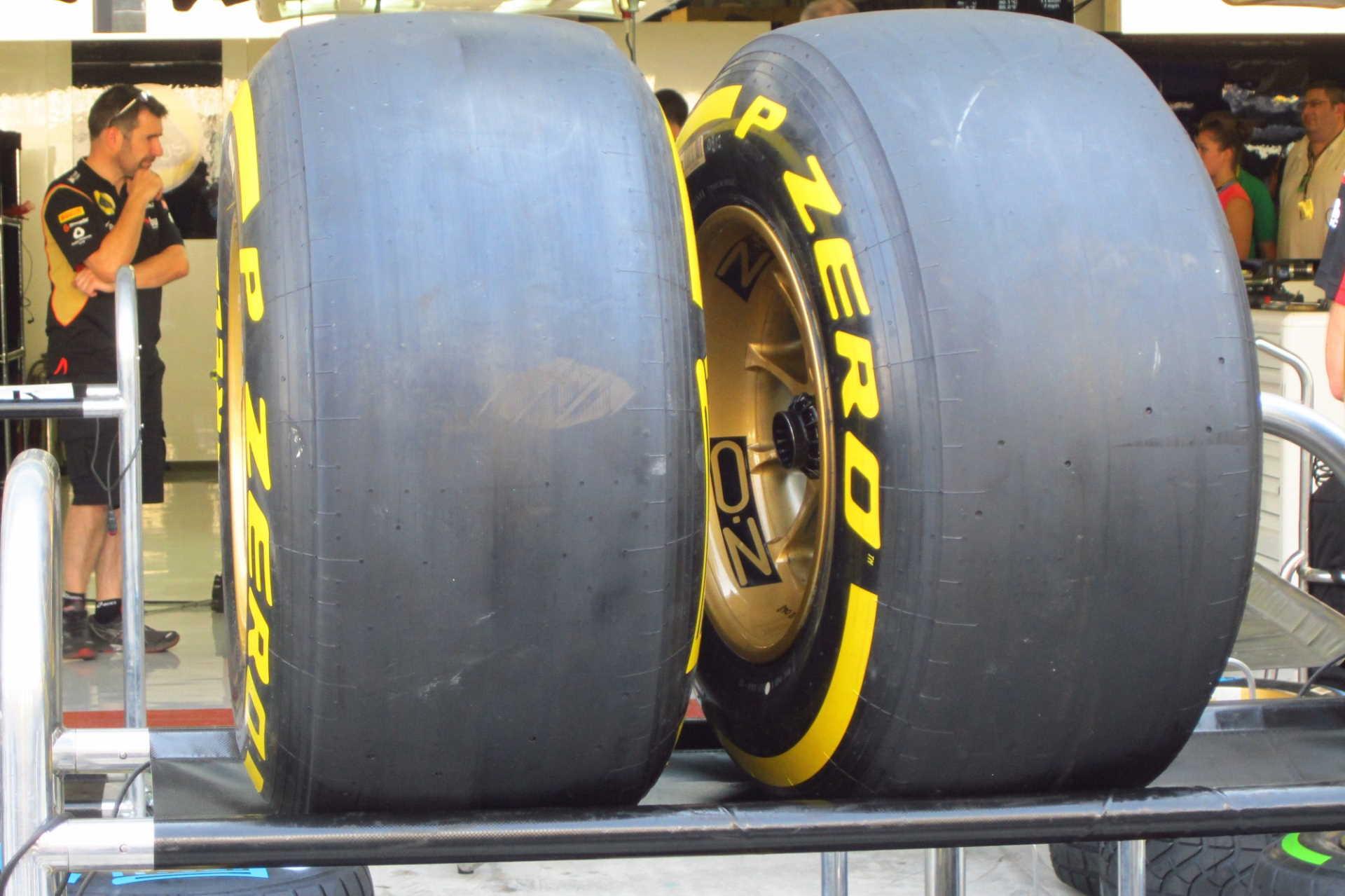 Pirelli on Formula 1:n ainoa rengastoimittaja. Kuvituskuva vuodelta 2013. Kuva: © 2013 Paolo Rosa / Flickr.com.
